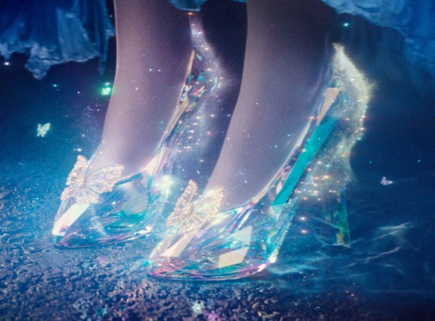 http://www.eonline.com/eol_images/Entire_Site/20141019/rs_1024x759-141119042505-1024.Cinderella-Slippers-JR-111914.jpg